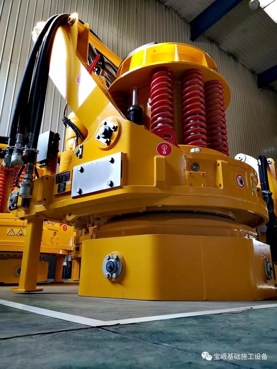 新年伊始寶峨升級版BG 38交付用戶,559 mm直徑鉆桿強力拓展嵌巖能力