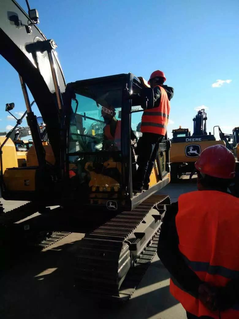 揭秘唐山挖掘机村梁老板选择挖机的标准