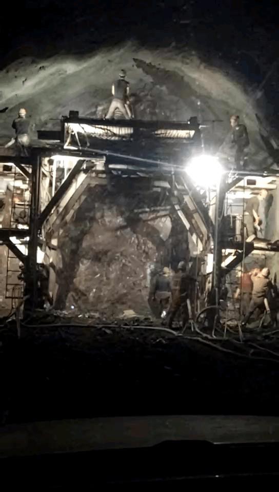 重复、压抑、麻烦、技术……你所不知道的隧道里的施工(图6)