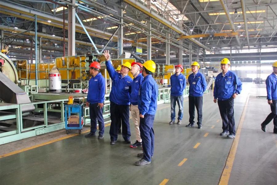 鐵甲網CEO樊建設到山重建機參觀考察