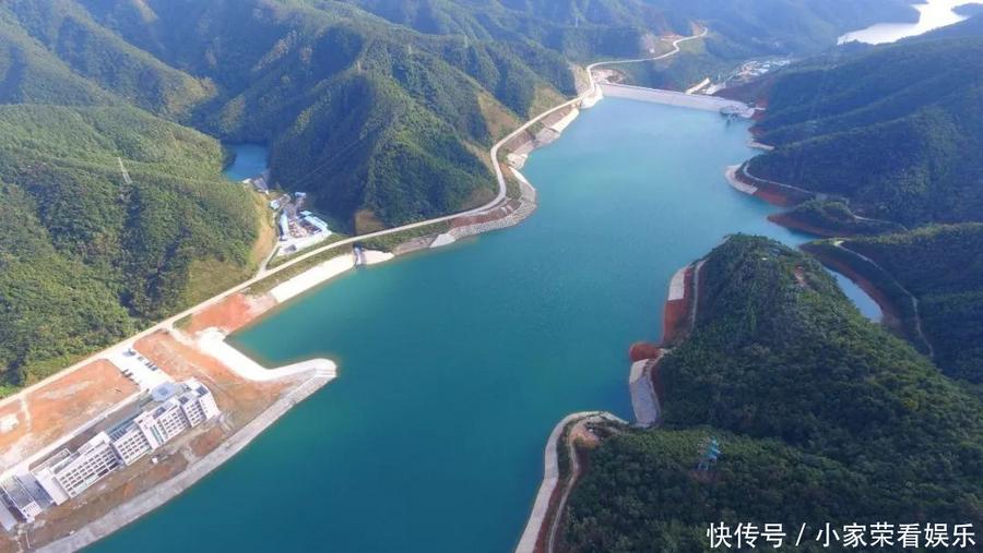 中国每年基建花几万个亿,为啥美国却不这样,终于明白了