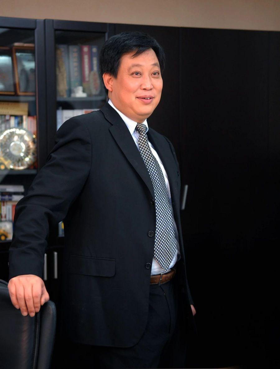 对话黄敏 | 一枝独秀的中国挖掘机行业,未来会怎么样?