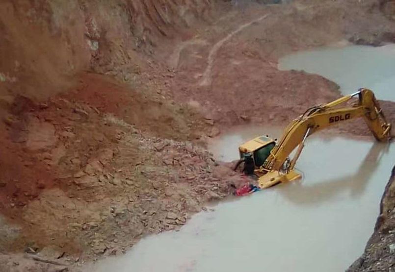 """振奮!山東臨工6360F挖掘機用品質說話,""""起死回生""""!"""