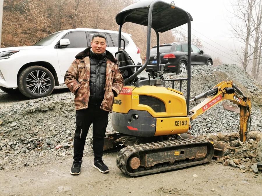 入行3年买4台徐工挖掘机 这位洛阳客户说:选择徐工,肯定成功!