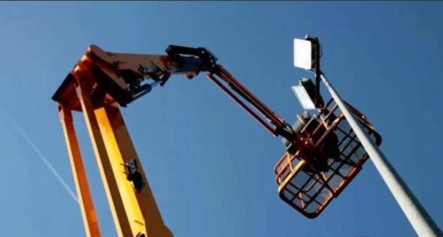 高空作業平臺價格戰,從剪叉向臂車蔓延