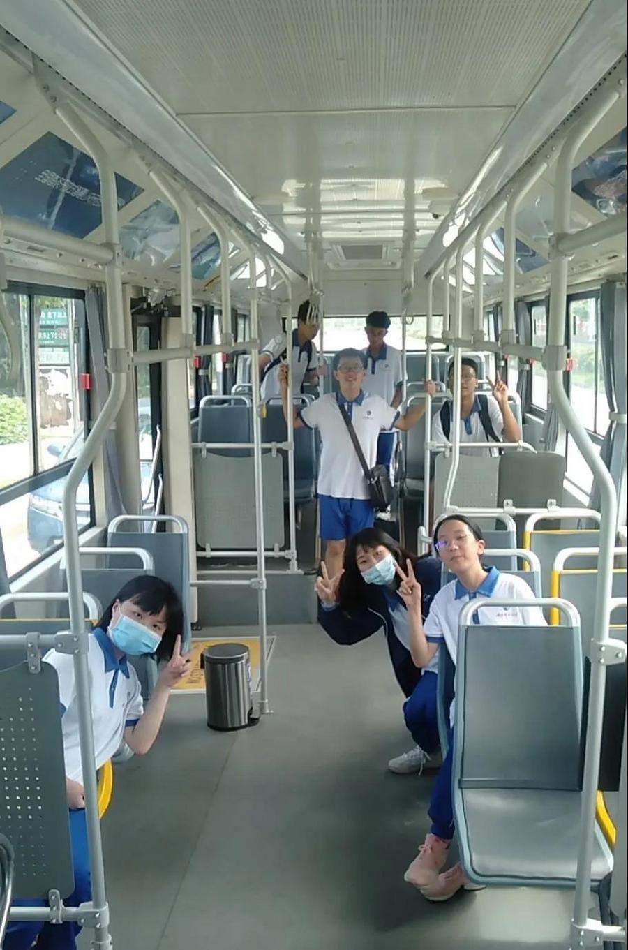 """全国首条,开放道路公交车""""无人驾驶""""来啦"""