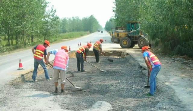 沥青路面水泥稳定就地冷再生施工工艺