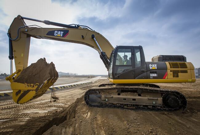 挖掘機使用經驗分享 挖掘機液壓油須知