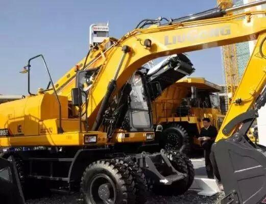 """柳工W915E轮式挖机凭什么""""挑战不可能"""""""