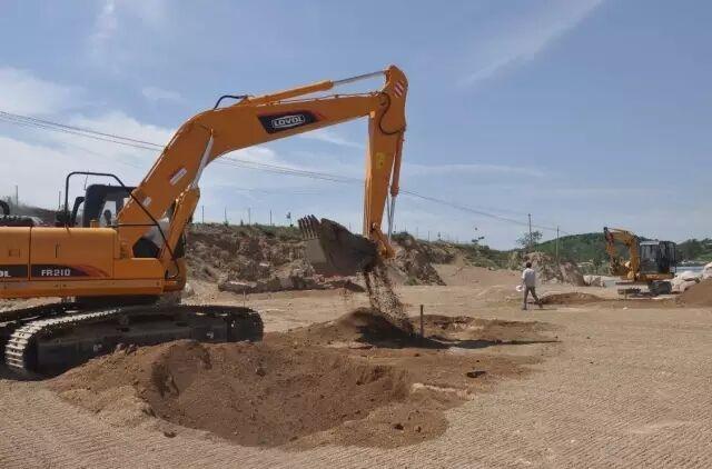 福田雷沃挖掘机——风雨九载 感谢有你