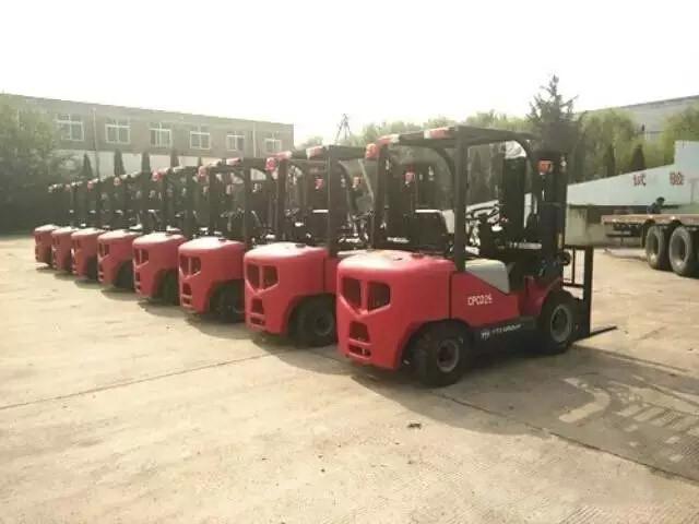 8臺CPCD25東方紅叉車再次出口南非
