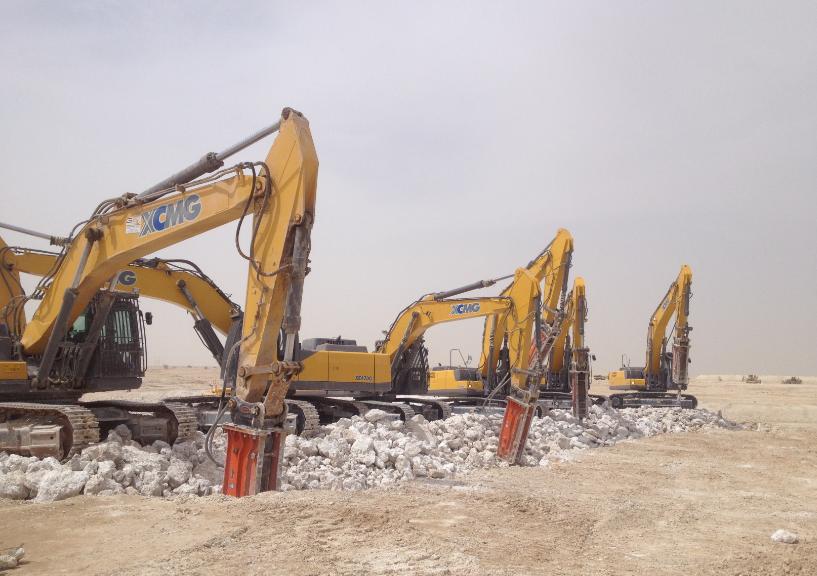 徐工集团大吨位挖掘机 聚力中东建设