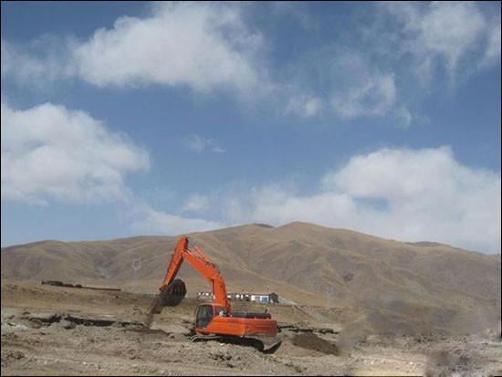 斗山挖掘機挺進青海 經受高原品質測試