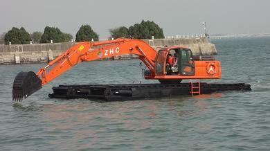 水陆挖掘机的设备优点
