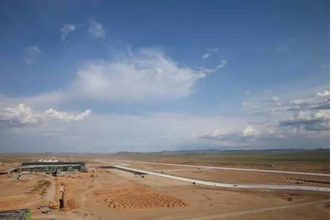 維特根滑模攤鋪機 蒙古烏蘭巴托建機場