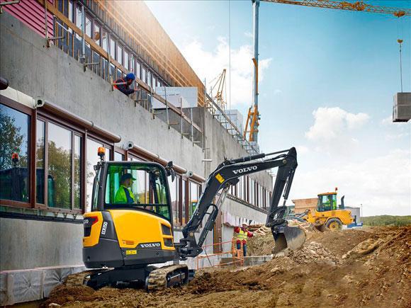 沃尔沃建筑设备揭幕3-4吨挖掘机产品