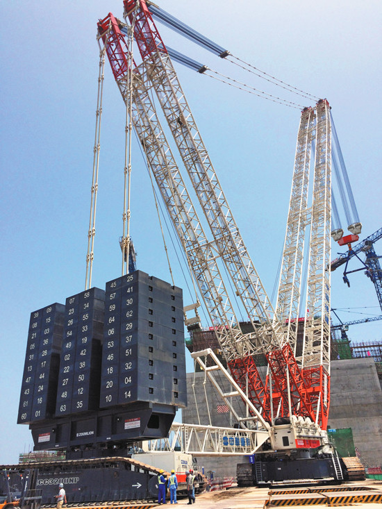 中联ZCC3200NP起重机助力石岛湾核电项目