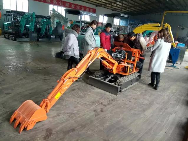 挖掘機技師必備的挖掘機主要維修技術