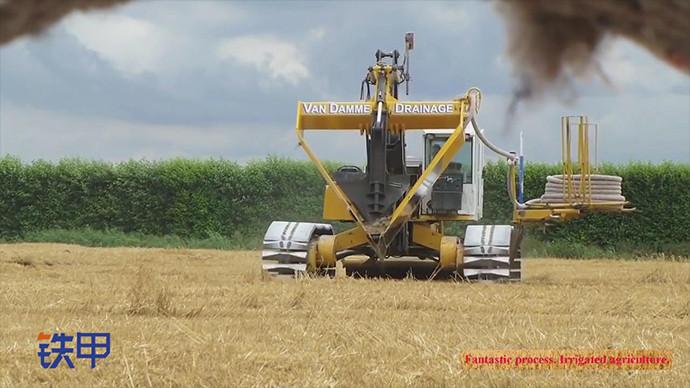 【眼界】神奇的地下埋管操作 这农用机械也太酷了