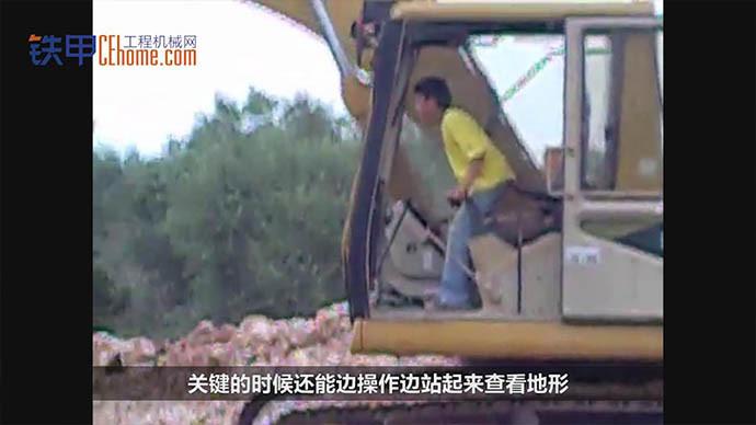 【机械公元】偷懒的爸爸,让小朋友开挖机真的好吗