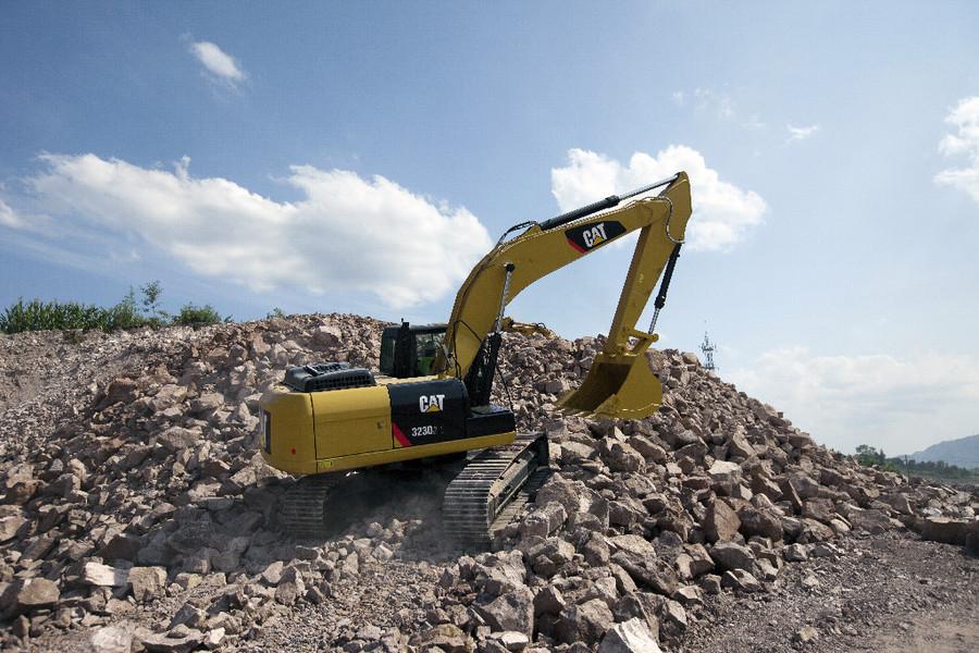 更省油更耐用 Cat(卡特)323D2L挖掘機好不好?