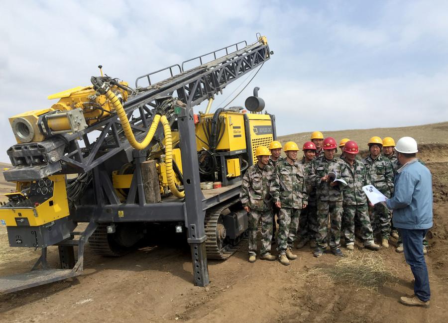 安全可靠高效 缺一不可 阿特拉斯·科普柯勘探钻机在铀矿