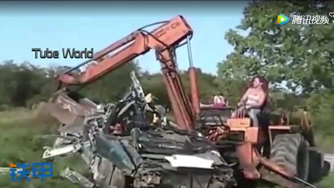 【眼界】世界各國美女都在挖掘機上,你還不上車?