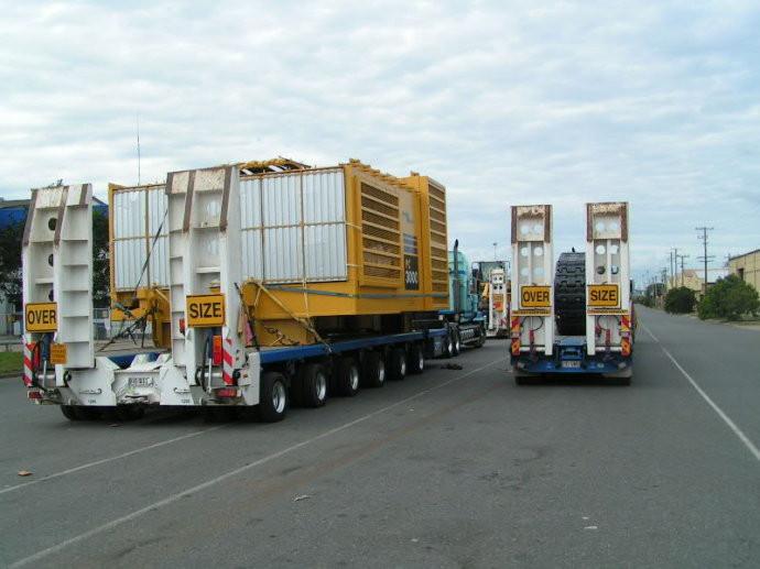 250多吨的巨无霸,小松PC3000挖掘机如何被分块运输?