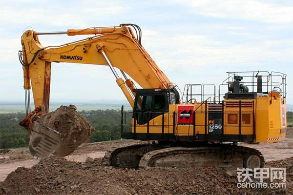 大挖掘机和小挖掘机有哪些相同和不同