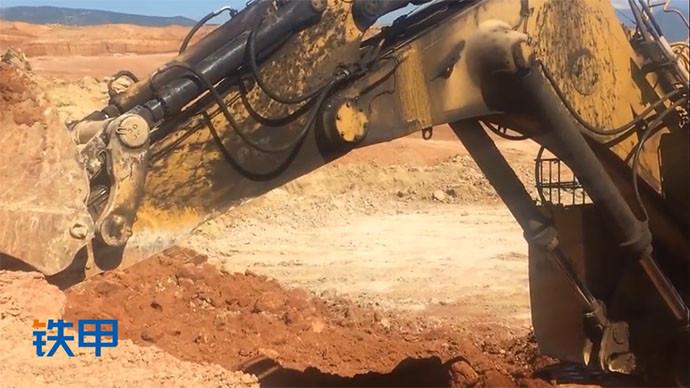 【眼界】一打開就震驚了,這么大的挖掘機滅火器配備6罐