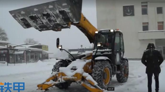 【眼界】JCB535配置精良 雪地里轻松作业