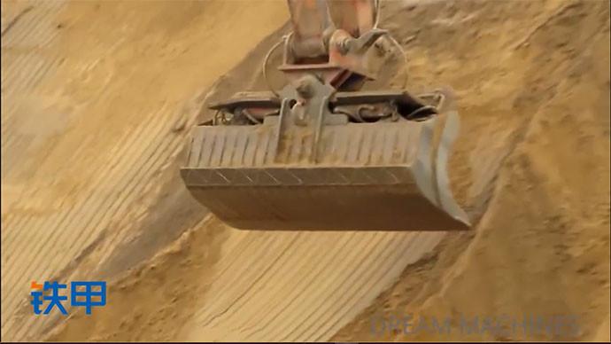 【眼界】日立600挖掘机你是在刷坡还是挖土?