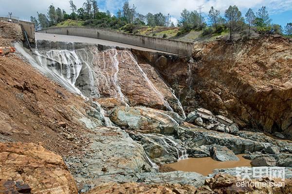 从加州水坝事故救援和重建看美国基建(8)