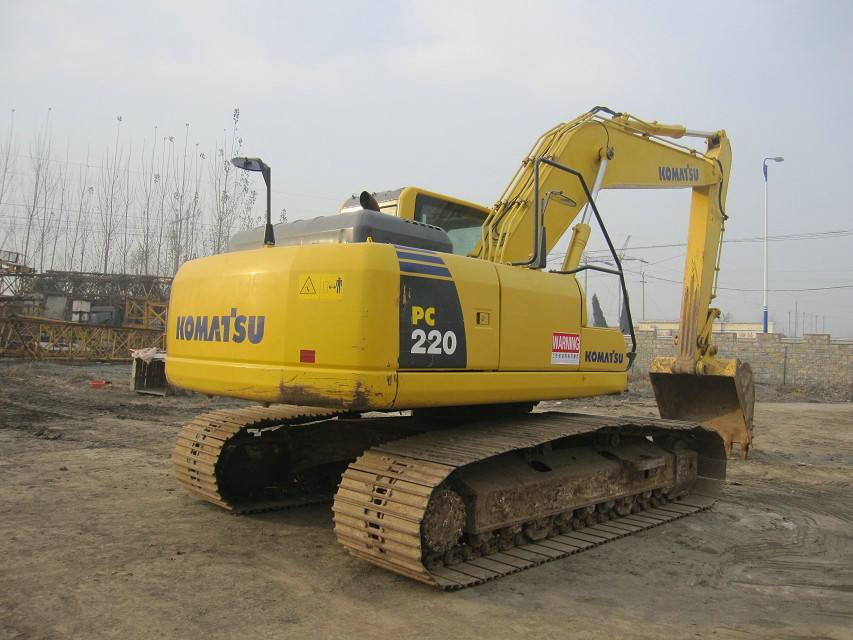 23吨经典之作!小松PC220-8挖掘机怎么样?