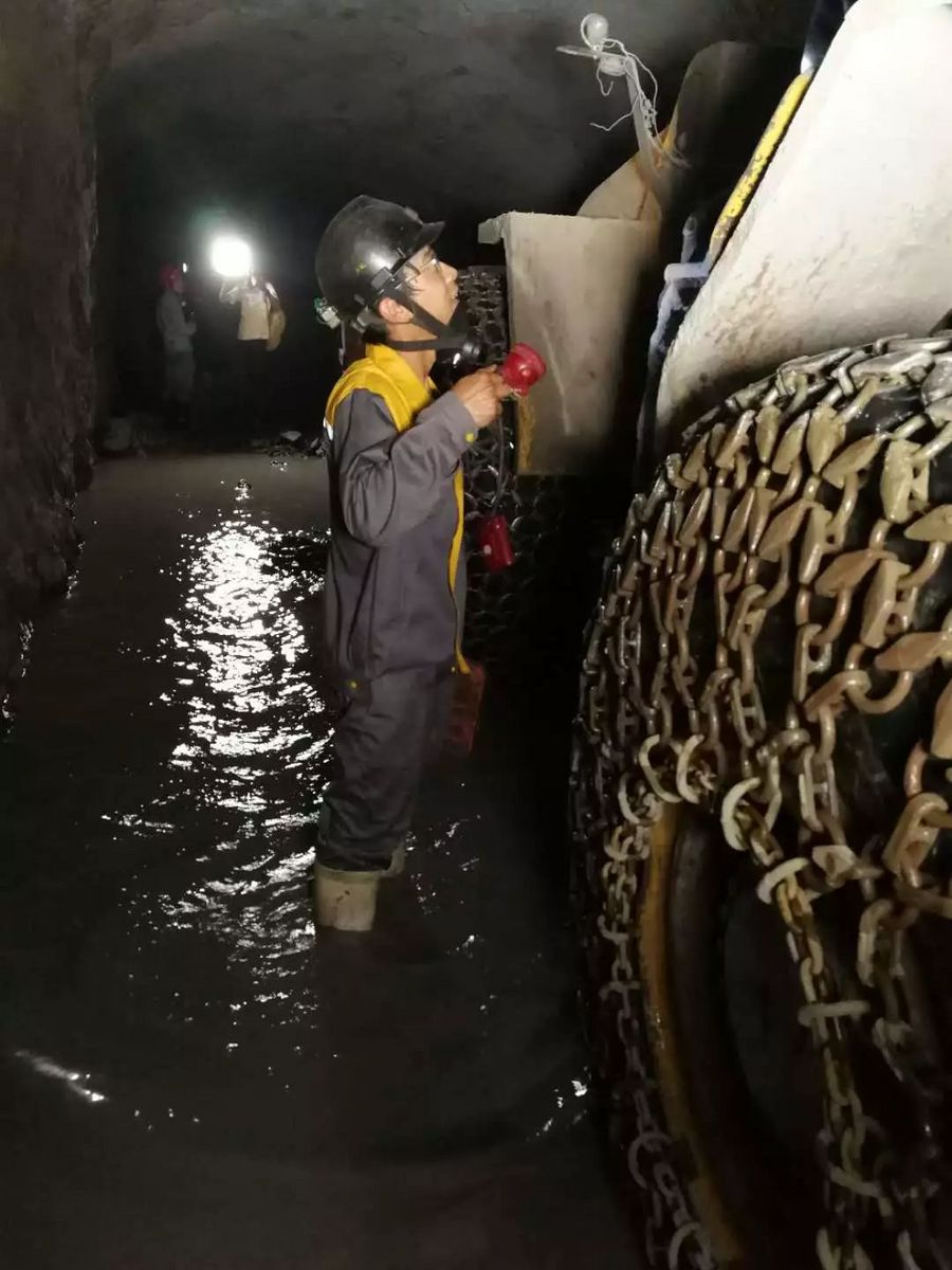 【视频】将安全置于首位—雷沃矿安井下装载机