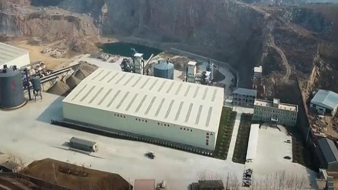 南方路机V7制砂设备应用与徐州金盟
