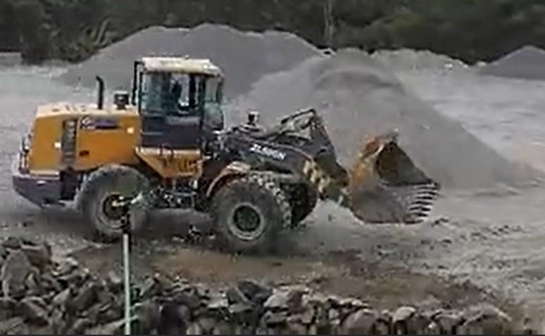 挖掘機輪式裝載機叉車預拌自卸車在石庫車廠的應用