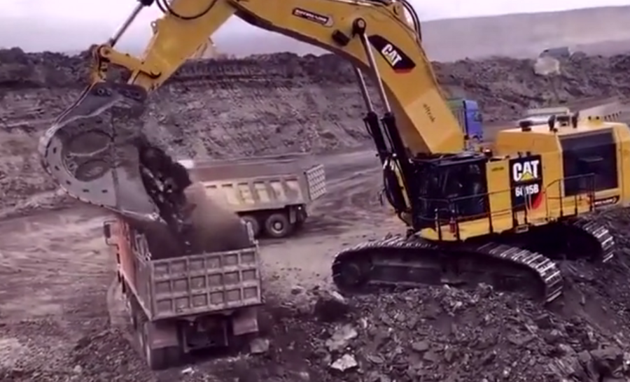 买的卡特挖掘机,来看看这台挖机性能怎么样?