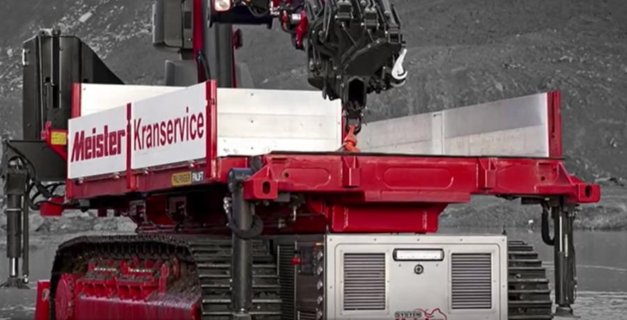 全自動起重機最大承載200噸,翻山越嶺不是問題!