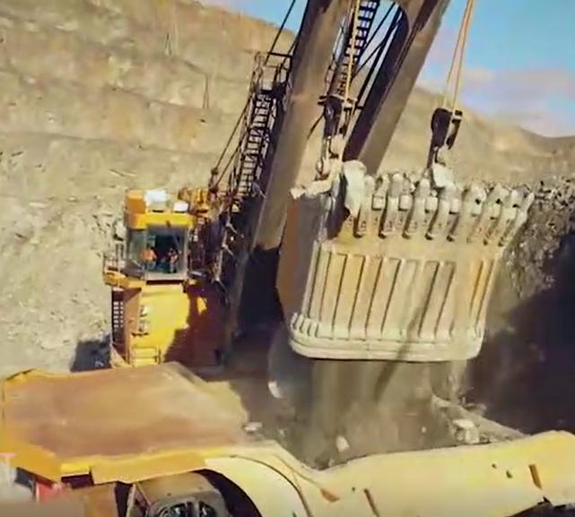 全球超大型礦用自卸卡車到底有多牛?