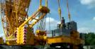 超級移動大吊車現在組裝過程,完成后就是一件巨匠