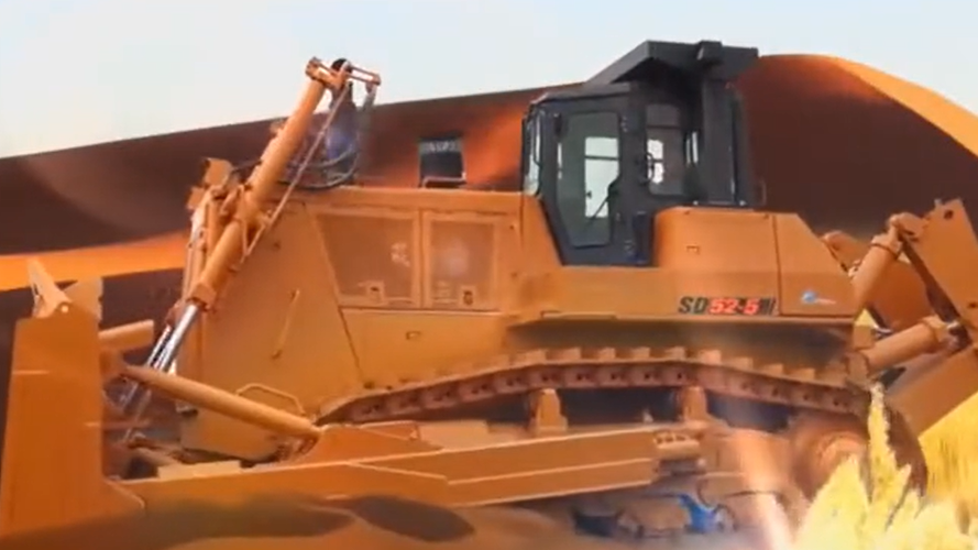 大国重器国内工程机械山推SD系列推土机视频
