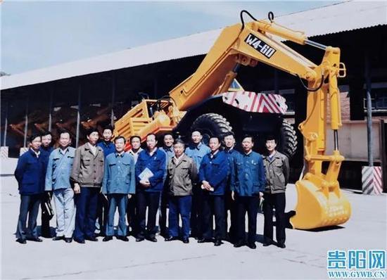 40年前 貴陽礦山機器廠的挖掘機獲全國機械工業最高獎