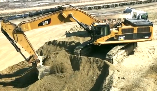 挖掘機可能是工程機械中最讓男人喜歡的裝備了