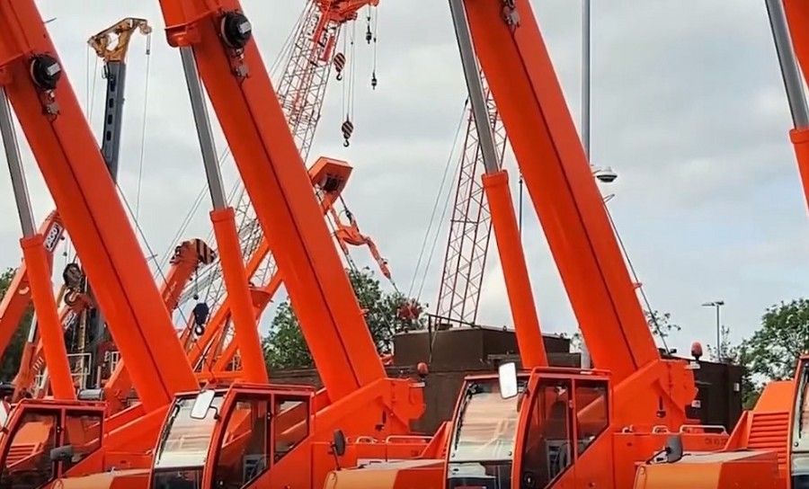 很少见到的大型工程机械场面震撼,令人大开眼界,你们见过吗?