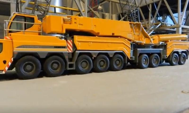 利勃海尔1200吨起重机模型!