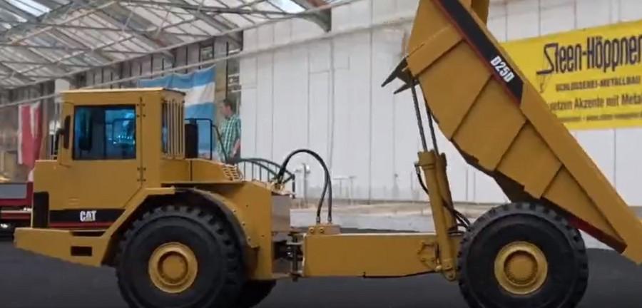 仿真迷你工程機械、自卸車,操作演示