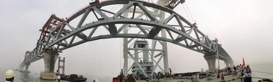 """""""一帶一路""""上最大橋梁工程孟加拉帕德瑪大橋成功合龍"""