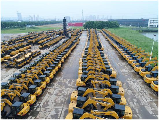 挖掘機站上風口:企業滿負荷運轉、庫存原料已用完 上游工廠正擴張產能