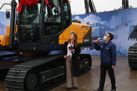 【新品】現代發布R150WVS PRO、R205VS、R215VS PRO、R245VS、R375LVS、R550LVS等6款新挖機